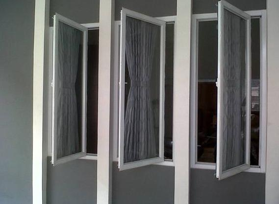 Casement Window Buka Samping