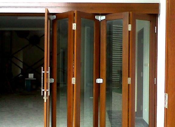 Jendela Aluminium Motif Kayu