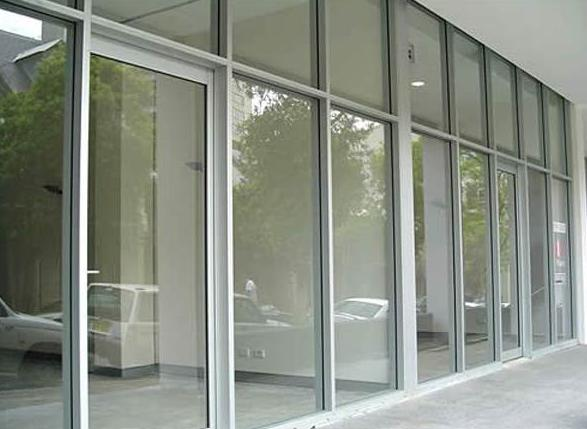 Jendela Aluminium Putih Besar