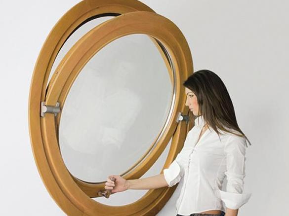Pivoted Window Lingkaran