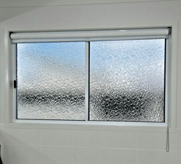 Sliding Window Kamar Mandi